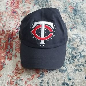 TC (Twins baseball) hat from PINK line